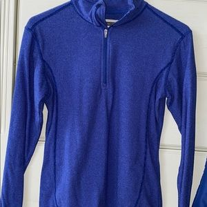 very soft & warm blue/purple pull over